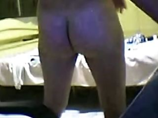 Slutty buxom webcam nympho is ready for some nice pussy teasing