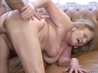 Gilf Sally G having her cock-craving pussy penetrated rough
