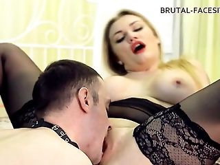 Luisa is quite pleased to have a submissive slave licking her beaver