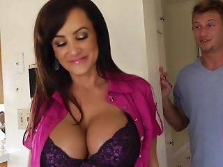 The cougar fucks the delivery boy