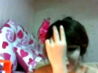 One of the hottest Korean webcam chicks is smoking and teasing me