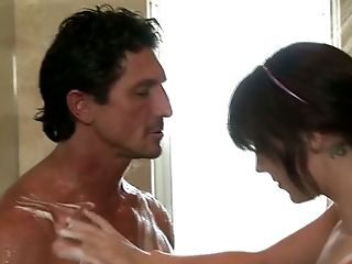 Buxom tatoeod brunette Chase Evans blows meaty cock when taking shower