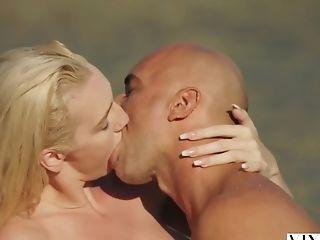 VIXEN Kendra Sunderland passionate sex on a beach