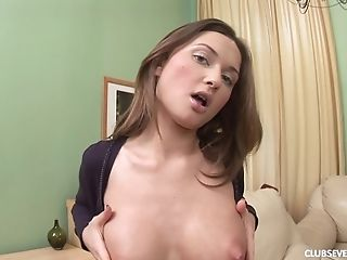 Solo chick Alice R moans while penetrating her ass with a dildo